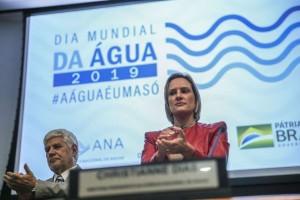 A presidente da ANA, Christianne Dias Ferreira, participa de evento para comemorar o Dia Mundial da Água.